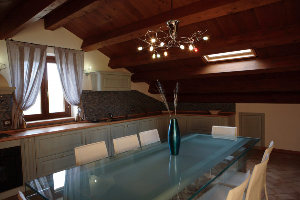 Vasca Da Bagno Zaffiro : Appartamentino zaffiro capaci u prezzi aggiornati per il